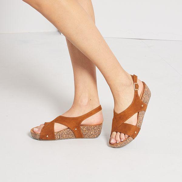 Sandales compensées en suédine Chaussures camel Kiabi