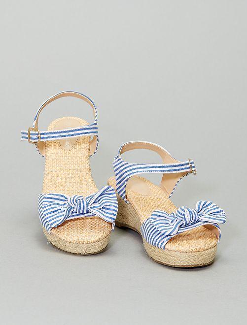 Sandales compensées en tissu                             bleu