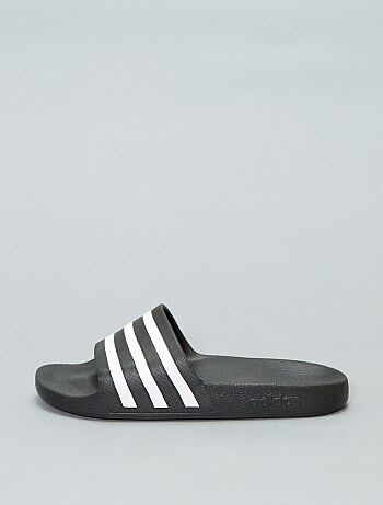 Sandales de piscine `Adidas`