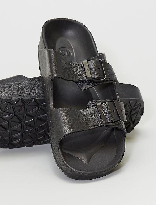Sandales en plastique                             noir