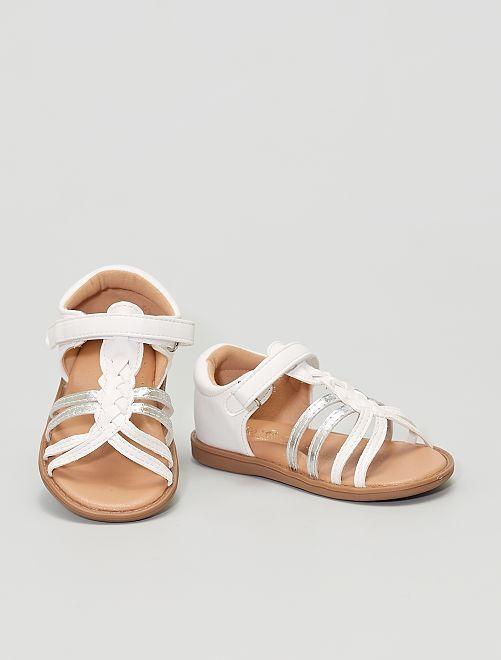 Sandales en simili                                         blanc