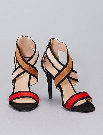 Sandales en suédine à talons