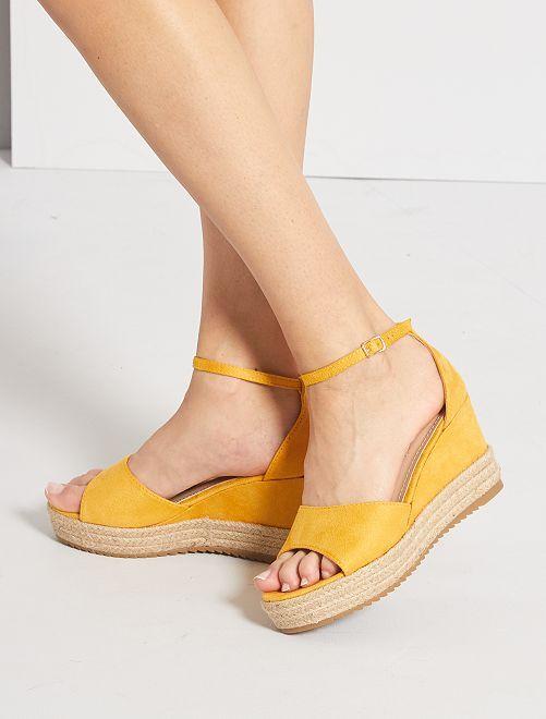 Sandales en suédine compensées                                                     jaune