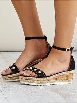 Sandales à talons - Sandales en suédine - Kiabi