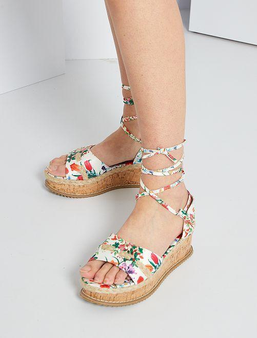 Sandales en textile fleurie                                         blanc