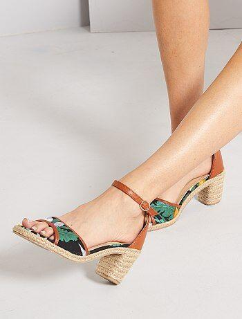 Sandales fleuries à talons