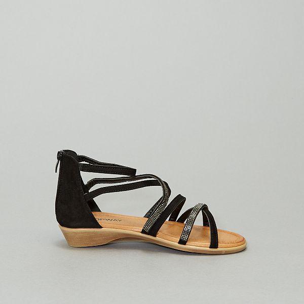 Sandales montantes plates en suédine