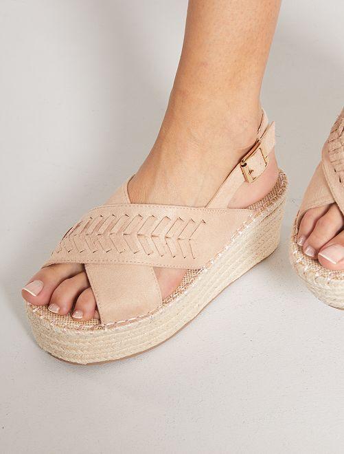 Sandales plateformes en suédine                             rose