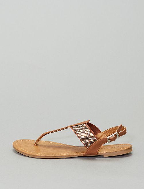 Sandales plates à boucle                                         camel