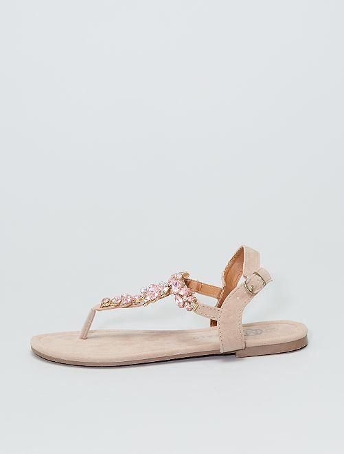 Sandales plates avec breloques                             beige
