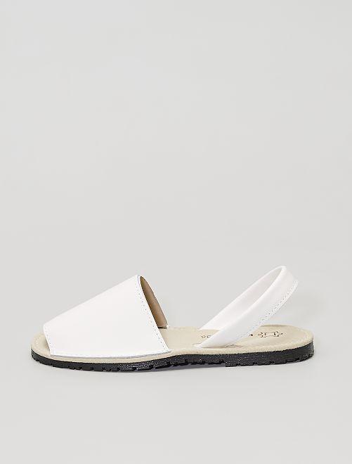 Sandales plates                             blanc
