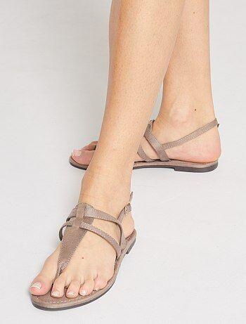 Sandales plates en suédine