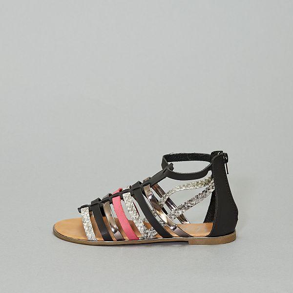 Sandales plates multibrides
