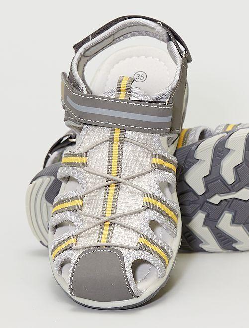 Sandales type sport                             gris