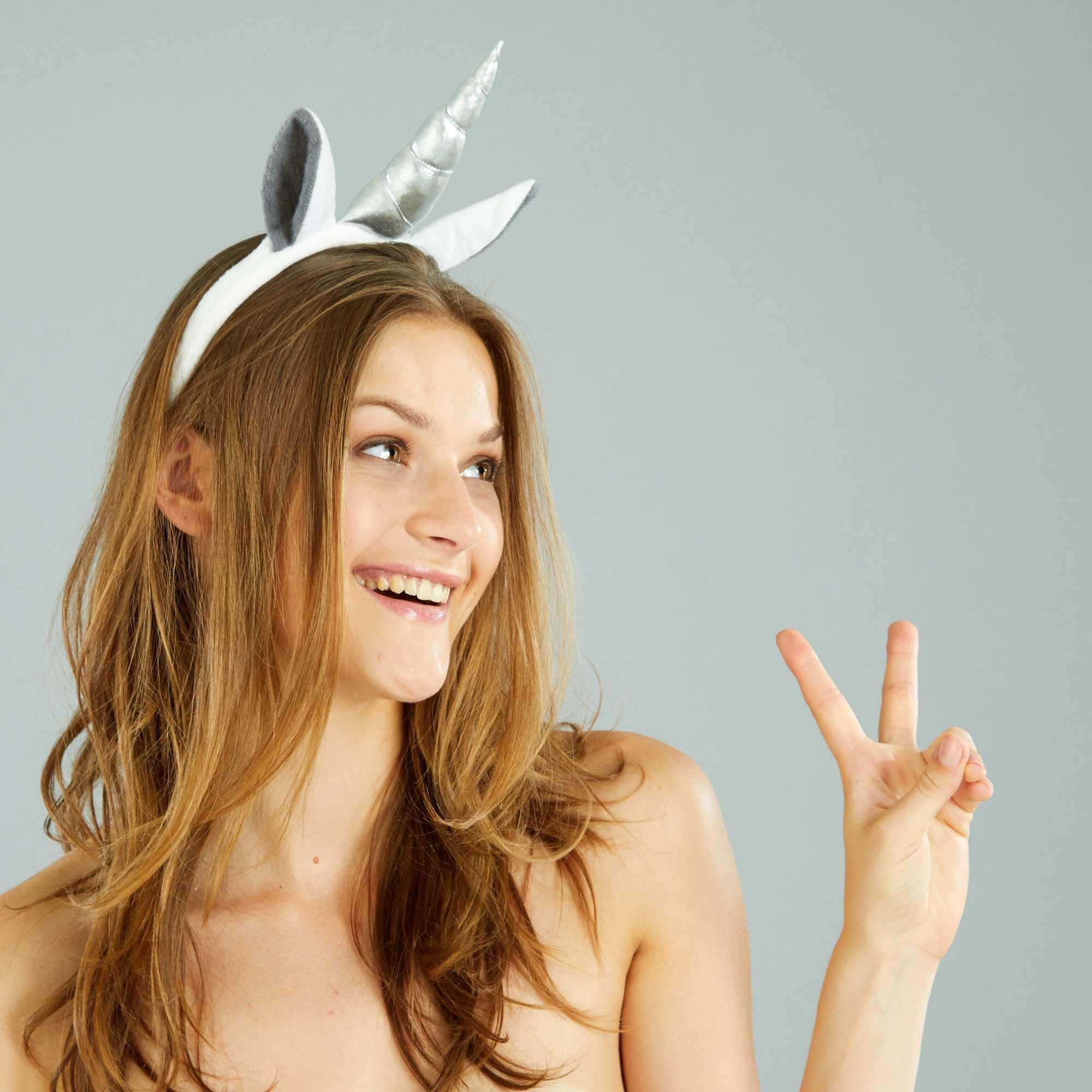 Couleur : blanc, , ,, - Taille : TU, , ,,L'accessoire indispensable pour les éternelles princesses ! - Serre-tête licorne - En