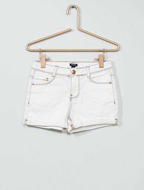 Short en jean à revers                                                     blanc
