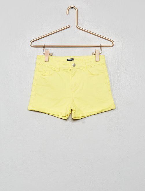 Short en twill avec revers                                                                 jaune