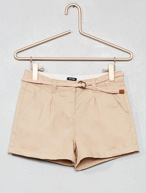 Short uni + ceinture tressée                                                                                         beige