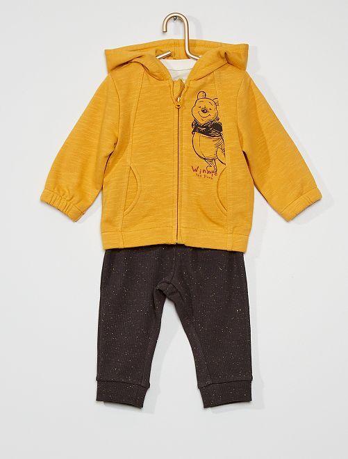 sweat à capuche + pantalon de jogging + t-shirt                             jaune