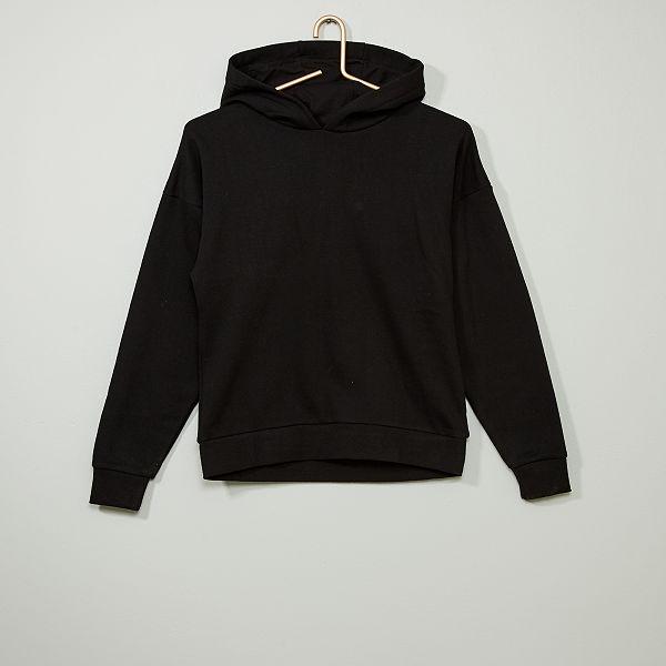 sweat capuche noir simple