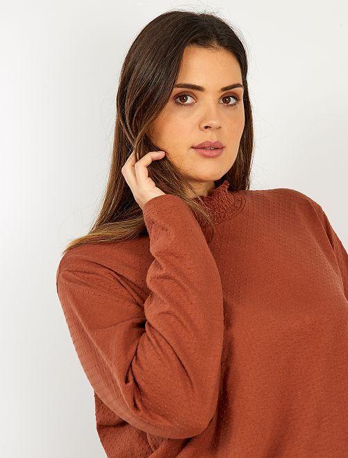 T-shirt avec col montant                                                     marron