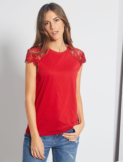 T-shirt avec dentelle 'Jacqueline De Yong'                                                     rouge