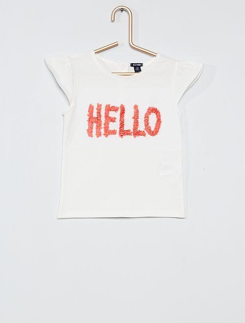 T-shirt avec message en relief                                                     blanc/rouge