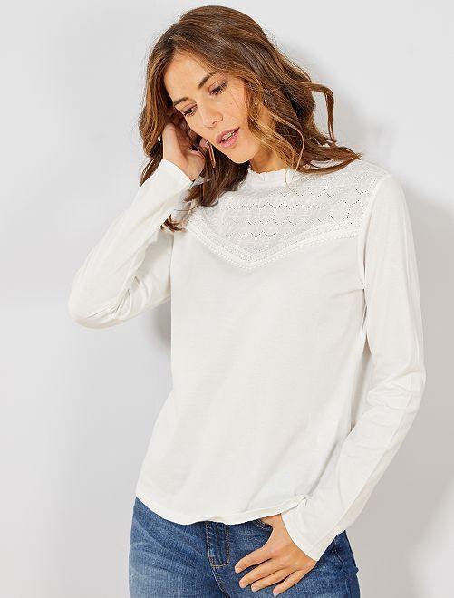 T-shirt broderie anglaise                                                                 blanc cassé