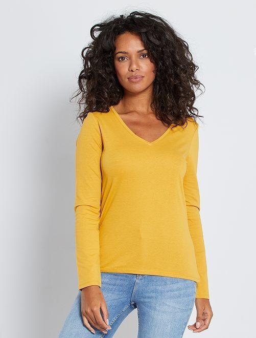 T-shirt col V éco-conçu                                                                                                                                                                 jaune