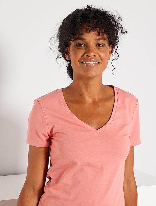 T-shirt col V                                                                                         rose
