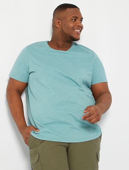 T-shirt col V                                                                                                                 vert pâle