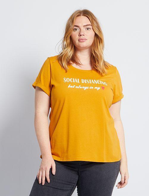 T-shirt 'confinement' éco-conçu                                                                 jaune