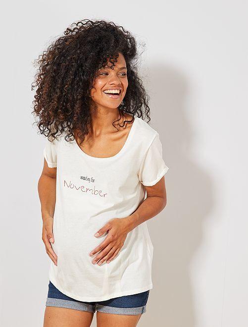 T-shirt de maternité en coton bio                                                                                                                                                                 novembre
