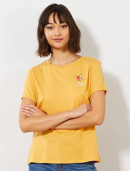 T-shirt 'éco-conception'                                                                 jaune