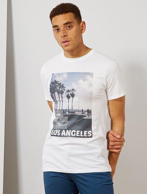 T-shirt imprimé en coton bio                                                                                                                                                                 blanc skate Homme