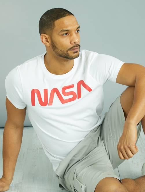 t shirt imprim logo 39 nasa 39 homme blanc kiabi 13 00. Black Bedroom Furniture Sets. Home Design Ideas
