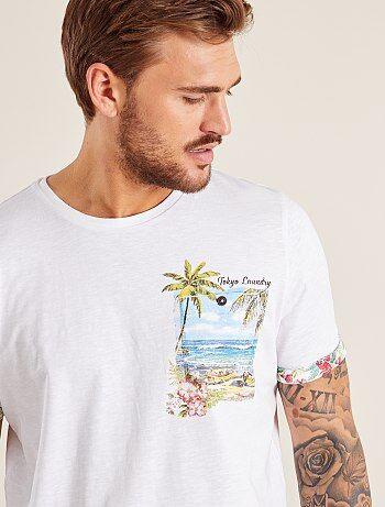 T-shirt poche poitrine imprimée - Kiabi