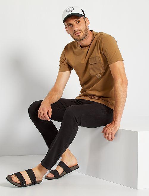 T-shirt poche poitrine                                                                             marron