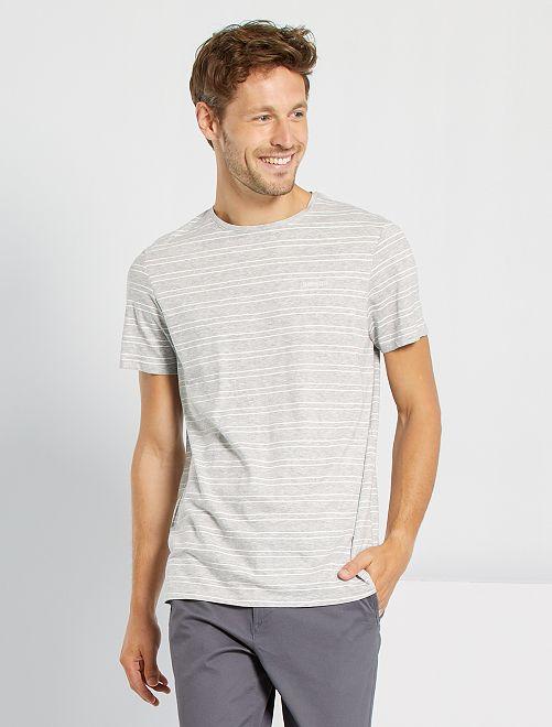 T-shirt rayé et brodé                                         gris clair