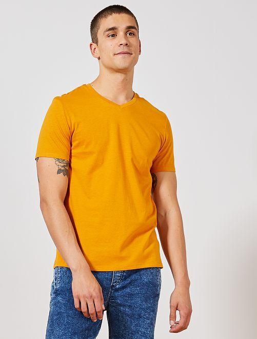 T-shirt regular en coton col V                                                                                                                                                                                                                             jaune Homme