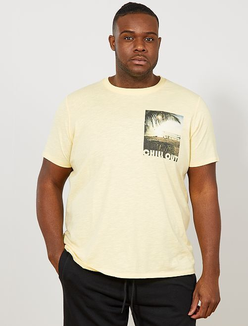 T-shirt regular photoprint poitrine                                         jaune pâle Grande taille homme