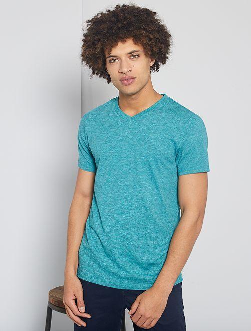 T-shirt slim col V éco-conçu                                             vert