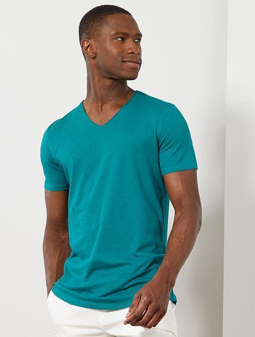 T-shirt slim col V                                                                                                                                         vert Homme
