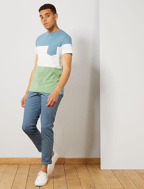 T-shirt slim colorblock                                                                 bleu gris/écru/vert Homme