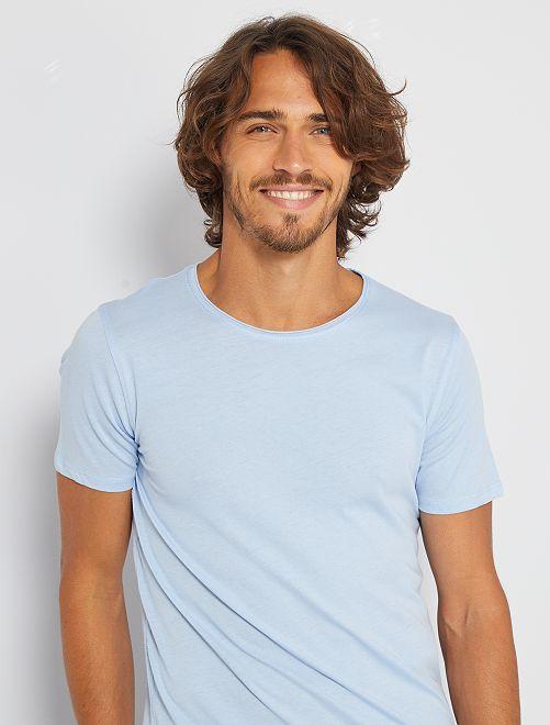 T-shirt slim en jersey uni                                                                                                                                                     bleu clair