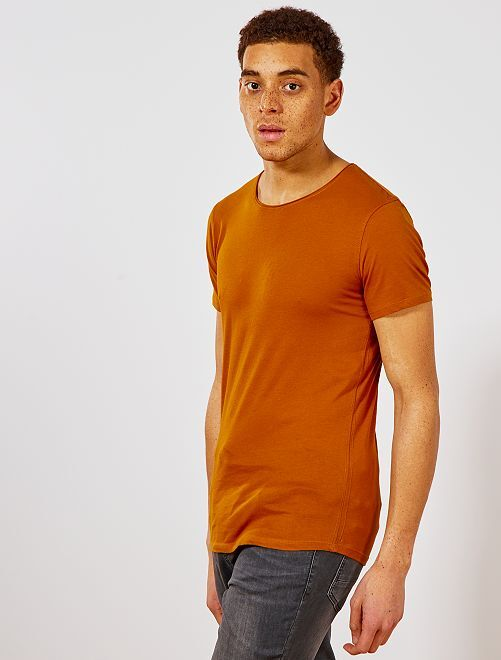 T-shirt slim en jersey uni                                                                                                                                                     moutarde