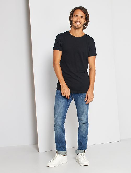 T-shirt slim en jersey uni                                                                                                                                         noir