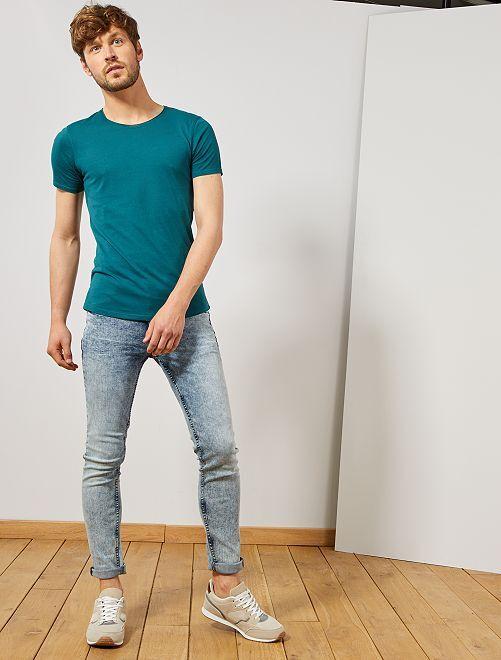 T-shirt slim en jersey uni                                                                                                                                                     vert foncé