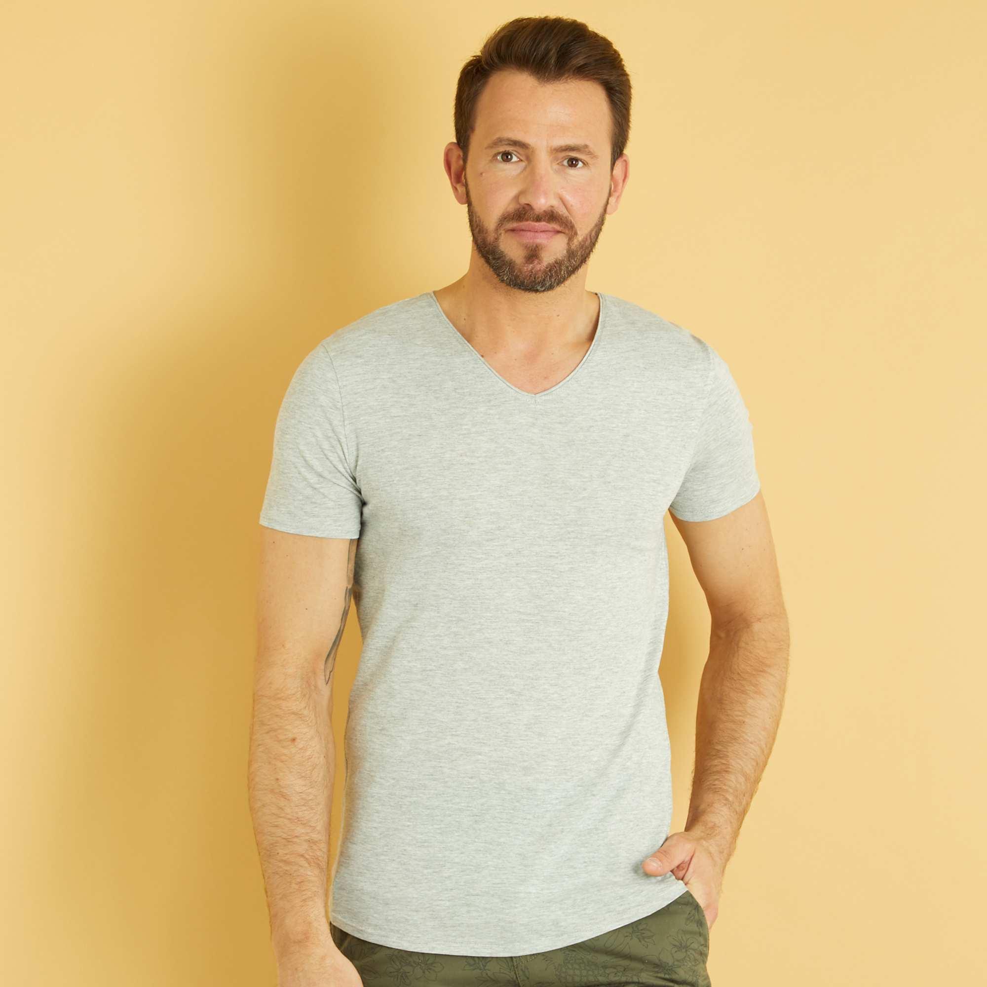 Couleur : gris clair chiné, blanc, ORANGE,, - Taille : L, XL, M,S,XXLUn basique indispensable et facile à coordonner à vos tenues. On craque pour son petit