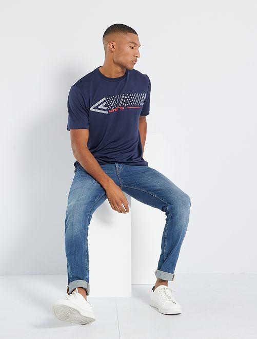 T-shirt technique 'Umbro'                             bleu marine